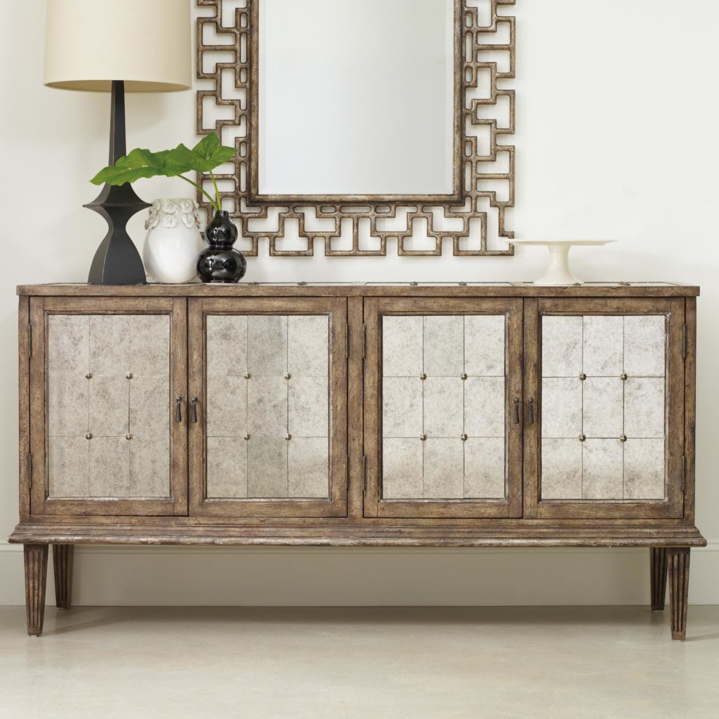 Mélange DeVera Mirrored Console